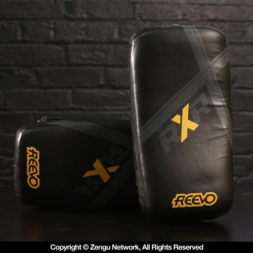 Reevo Reevo RXR Pro Curved Thai Pads